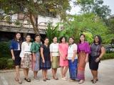เชิญชวนครูและบุคลากรทางการศึกษา แต่งกายด้วยผ้าไทยในทุกวันศุกร์